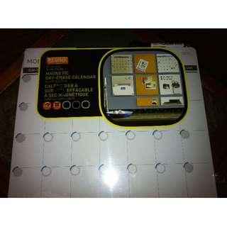 """Quartet Magnetic Dry Erase Calendar, 14"""" x 14"""" - New in Plastic"""