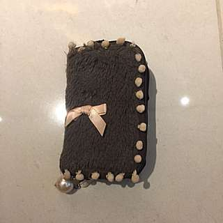 Preloved Brown Fluffy Zip Hp Pouch For IPhone 4 With Pink Small Pompom