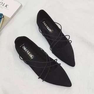 加絨淺口女鞋 / 性感交叉綁帶尖頭平底平跟鞋 / 時尚百搭單鞋
