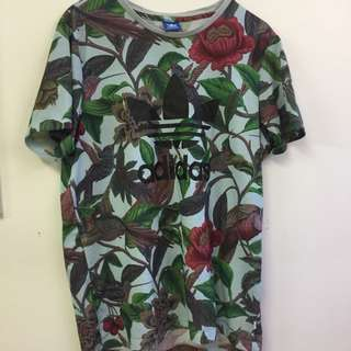 ADIDAS FLORAL T-SHIRT SIZE 12