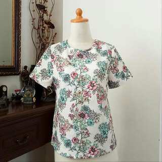 Flowery Canvass Top