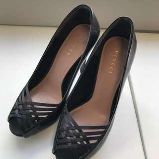 BN Vincci Black Heel