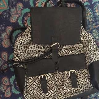 Aztec Pattern Drawstring Backpack