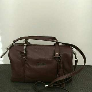Coach satchel with sling strap (fig color)