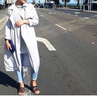 InAyah Light Trench Coat