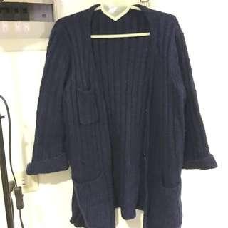 深藍毛衣開襟外套