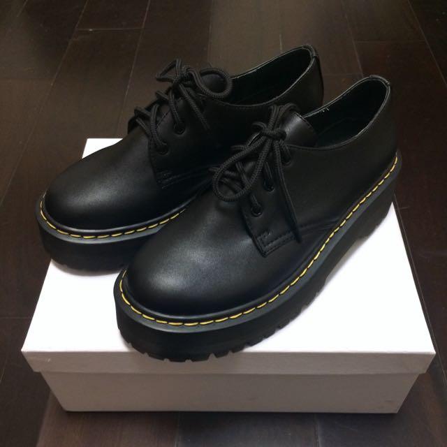 保留)厚底馬汀鞋39號