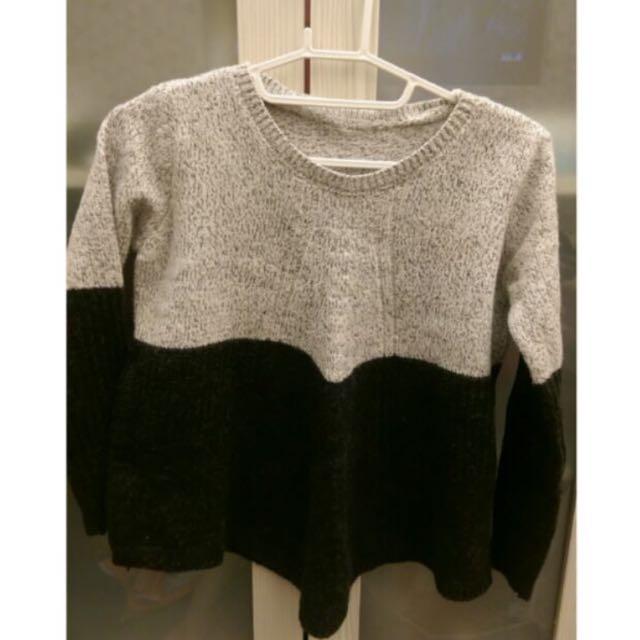 短版黑白拼接毛衣