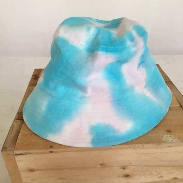創意市集購入 水染漁夫帽