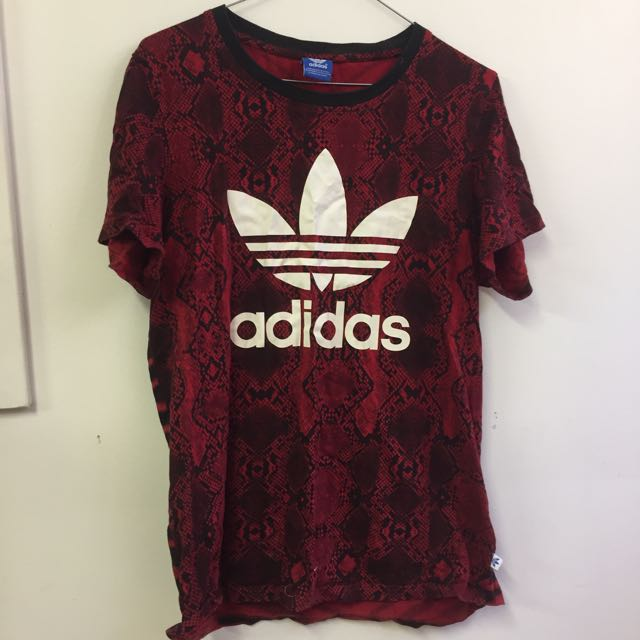 ADIDAS RED/PRINT SHIRT SIZE 12