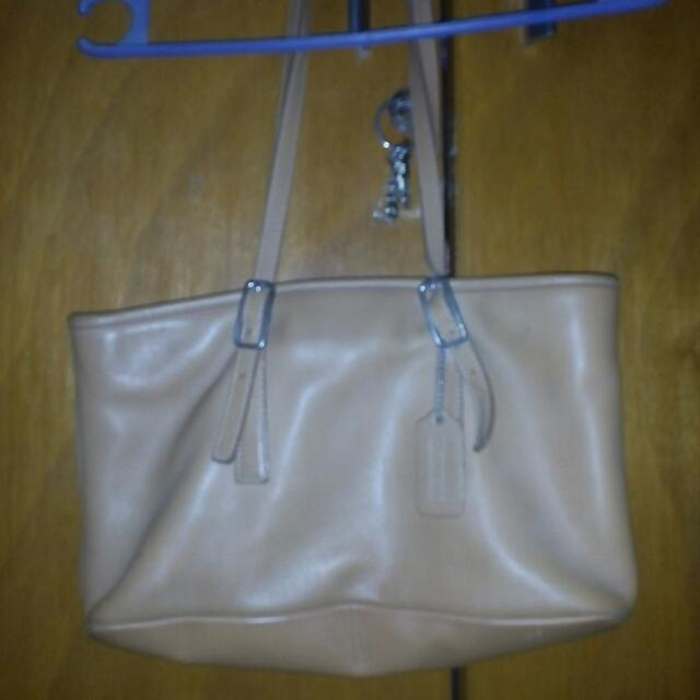 Repriced Bag Coach 1,000.00