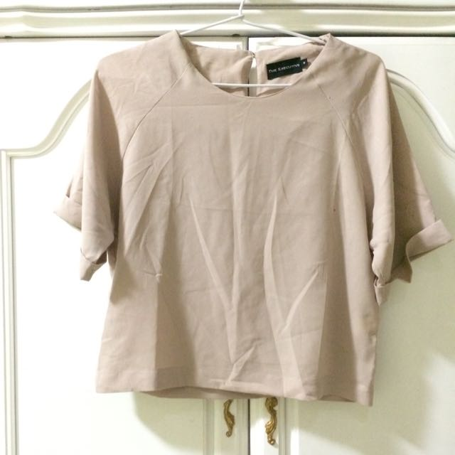 Creme Cropped Top Shirt The Executive