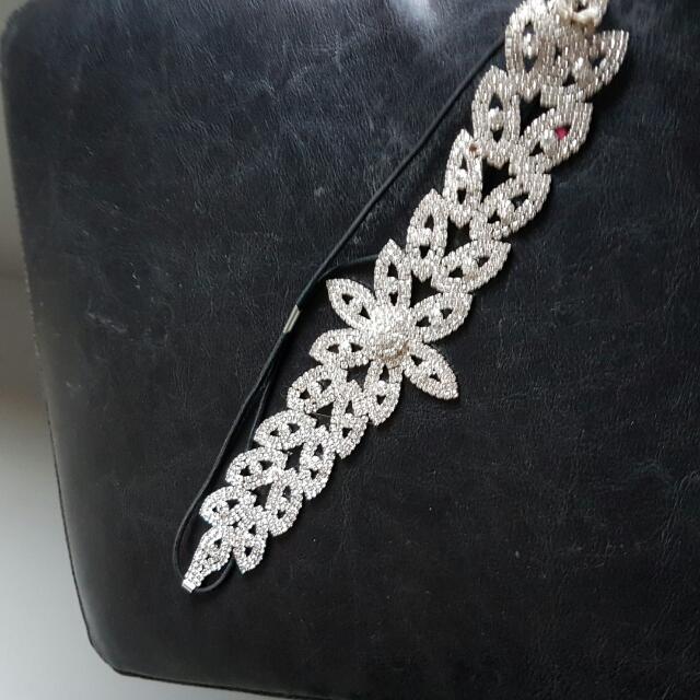 Diamante hair accessorie