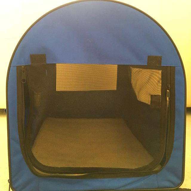 Pet Carrier Small/Med Size Dogs