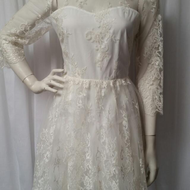 Dotti White lace dress