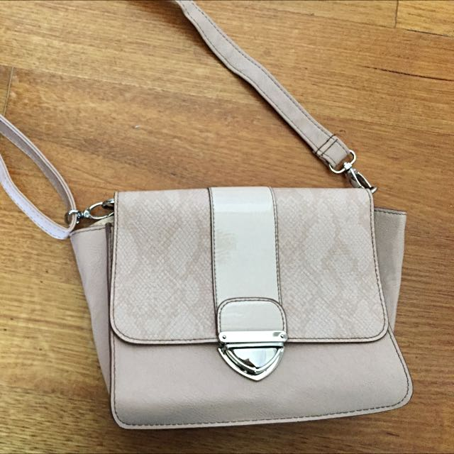 Dusty Pink Bag Crossbody Bag With Snakeskin Detail