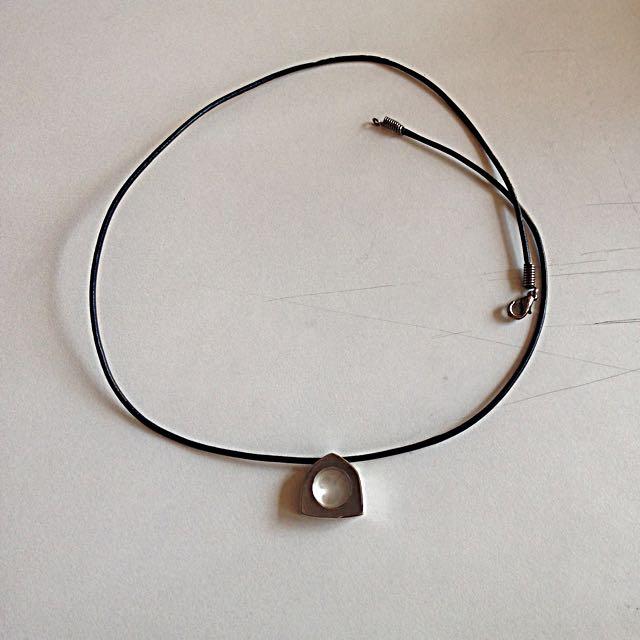 elegant 鋼皮革項鍊