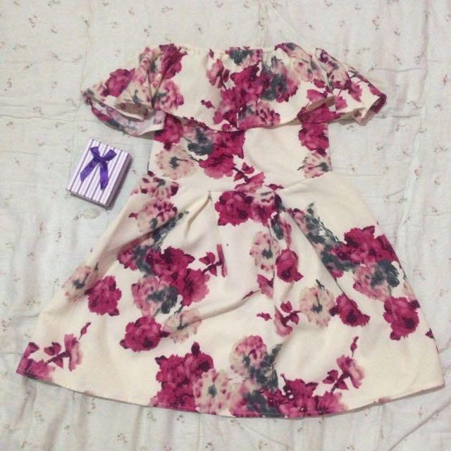Floral Offshoulder Dress Fit 5-7yrs Old
