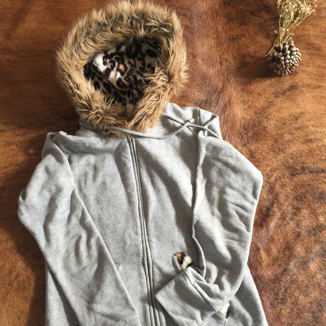 Grey Jacket With Leopard Fur Hoodie