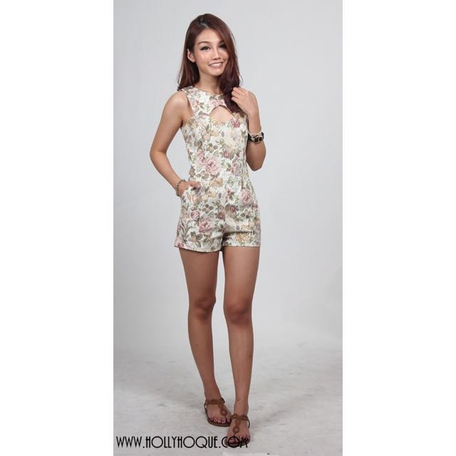 eb5dc733431 Hollyhoque HH Flowery Charm Romper (Floral) In Size M