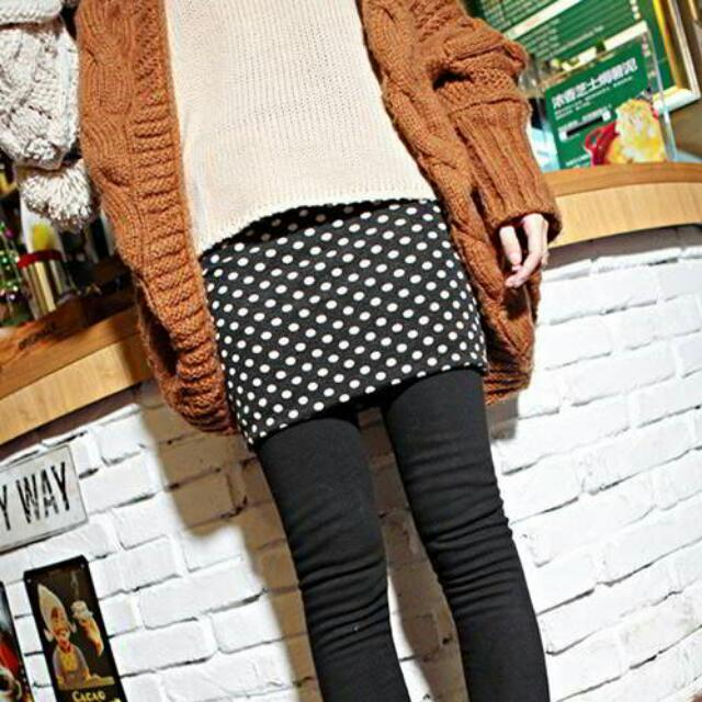 [READY] Legging & Jegging dot pattern decorated over hip design