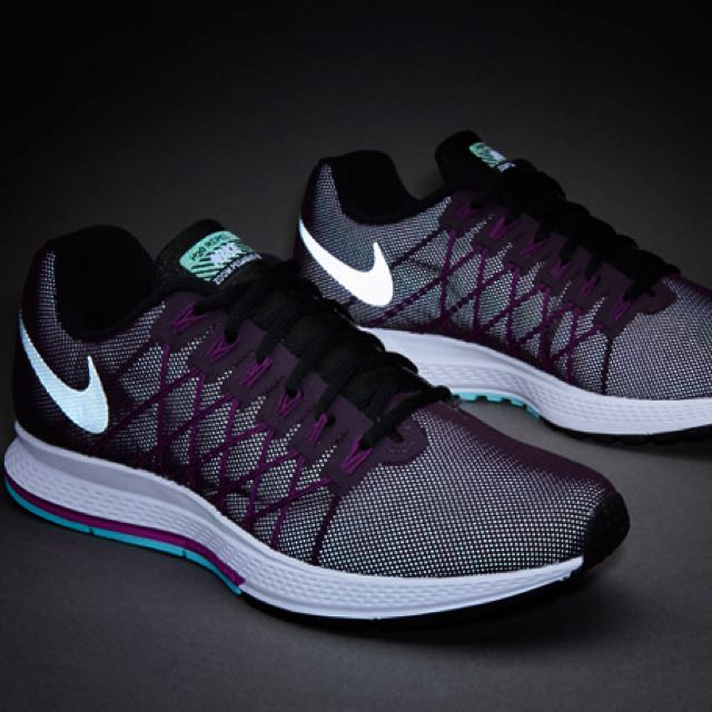 9cee9037a263 ... inexpensive nike wmns air zoom pegasus 32 flash sports athletic sports  clothing on carousell f188d 95cc9 ...