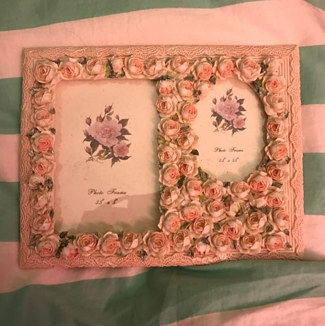 Peachy Pink Roses Photo Frame