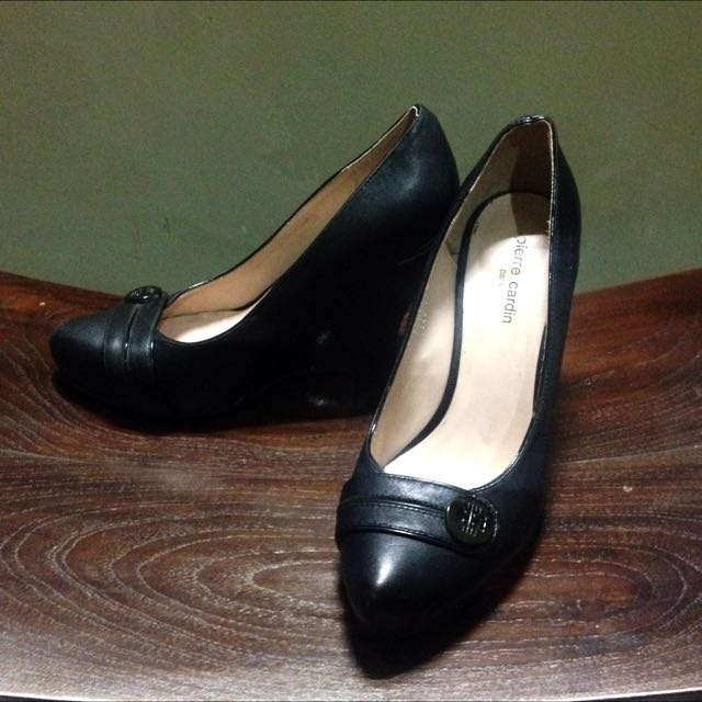Pierre Cardin Shoes (size 37)