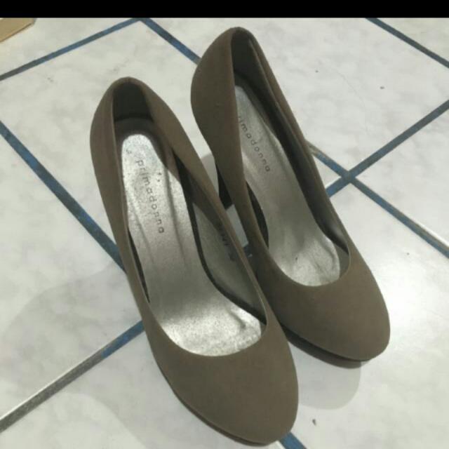 Primadonna Suede Grey Heels