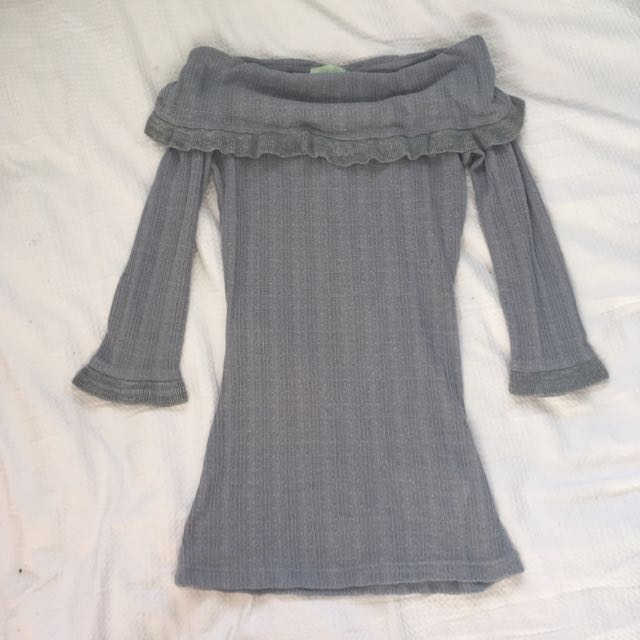 Review Grey Knitted Top