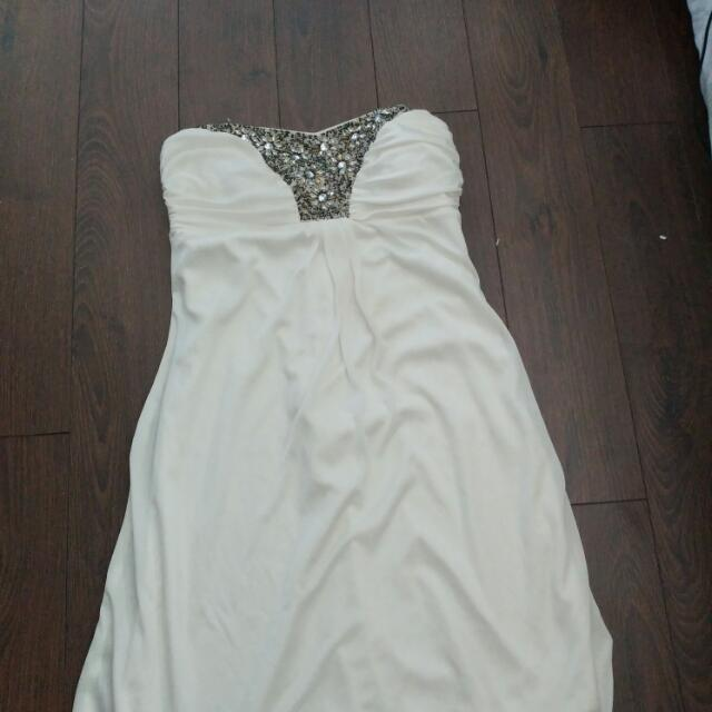 Size Small Le Château Semi Formal Dress