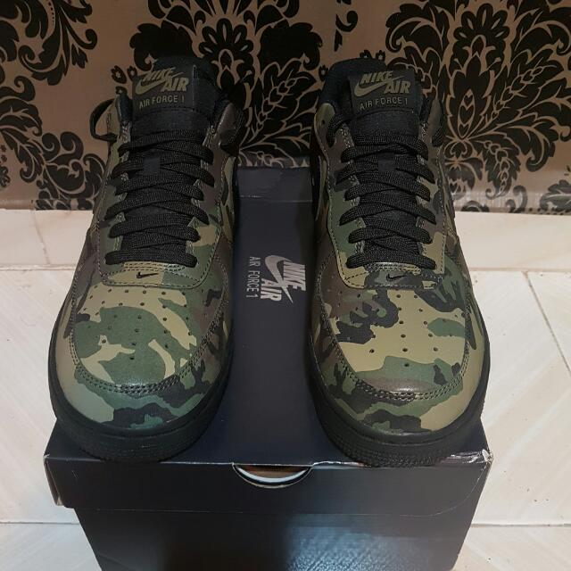 "1fa71577f0bfa US9/UK8 Nike Air Force 1 Low ""Reflective Green Camo"", Men's Fashion,  Footwear on Carousell"