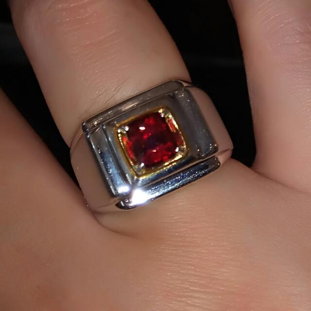 Vivid Red Spinel ( Burma)
