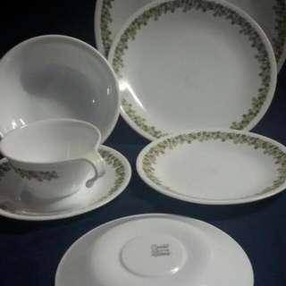 Corelle Plates 22pcs