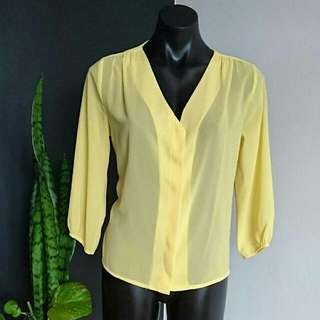 Women's Size 8 'H&M' Gorgeous Yellow Sheer Button Down Blouse - AS NEW