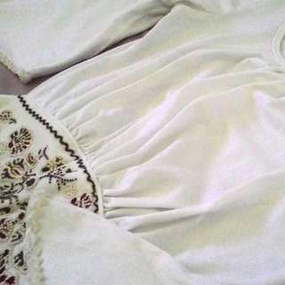 Preloved White Blouse with Loose Sleeves