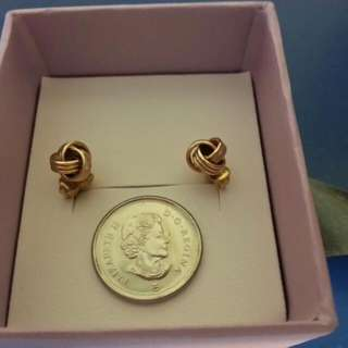 Brand New 10k Gold Earrings