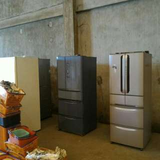 Refrigerator Sanyo php8,000  Mitsubishi Refrigerator php10,000 Made From Japan ...other Refregiretor down Price Php 5,000 To Php 7,500