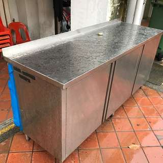 Sale !! Sale !! Bar Counter Table