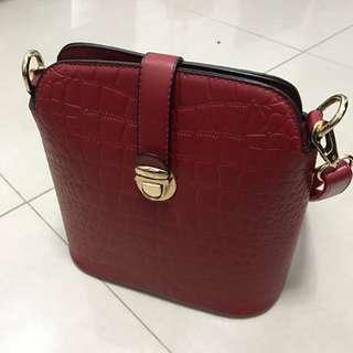二手聖誕紅側背包200元九成新