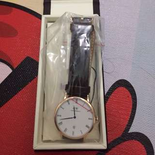 Daniel Wellington Dapper Rosegold Dial Men Women Leather Watch