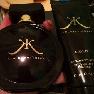 GOLD Kim Kardashian Purfume