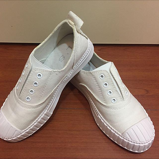 35號/22.5 小白鞋 布鞋