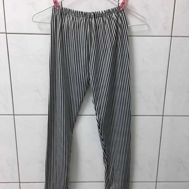 條紋 內搭褲