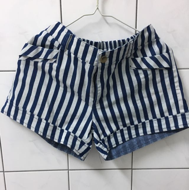 藍白 條紋短褲