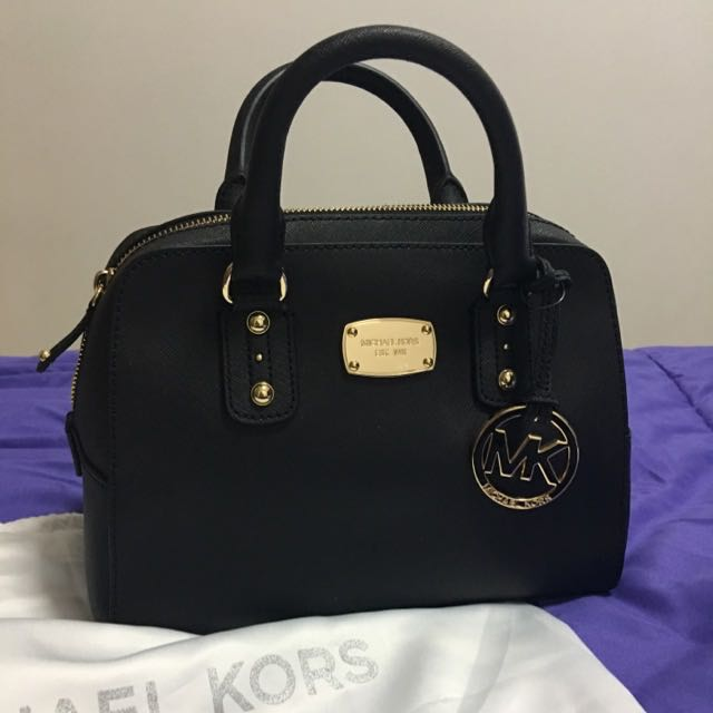 c5f55474722d AUTHENTIC BRAND NEW, Michael Kors Saffiano Leather Small Satchel Crossbody  35S3GSAS1L <<BLACK>>, Luxury, Bags & Wallets on Carousell