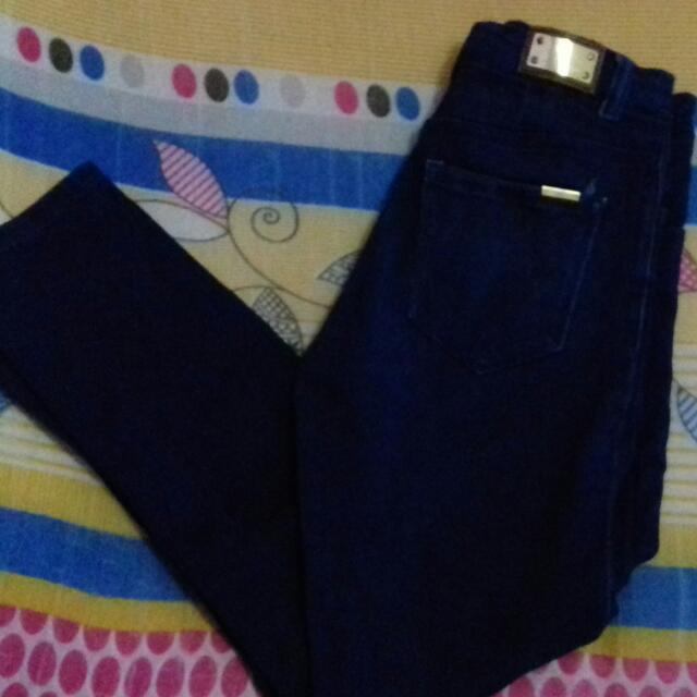 [Booked] Celana Levis