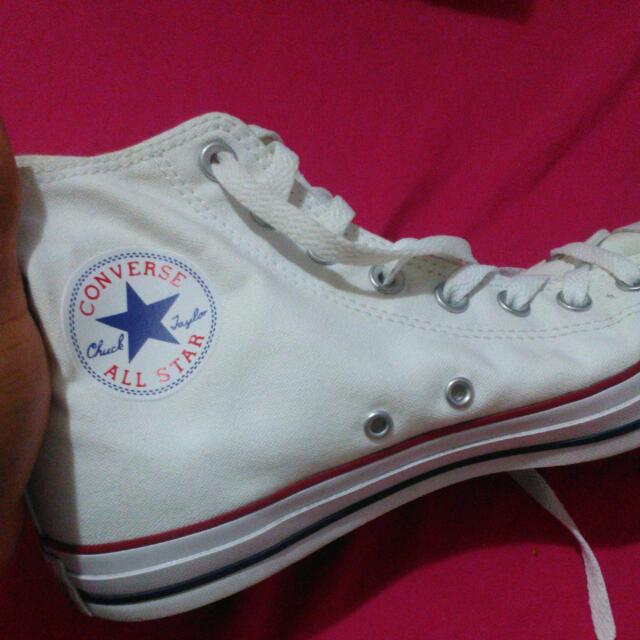 Converse White Chucks High Tops