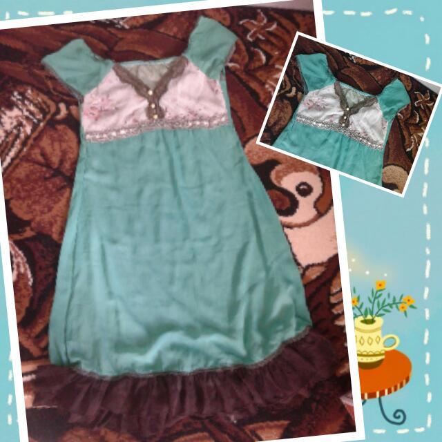 Dress fit to L