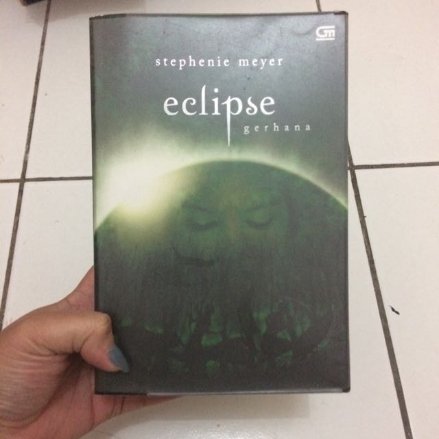Eclipse Twilight Saga Novel (in Bahasa)